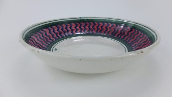 Antique Zig Zag Spongeware Pottery Bowl