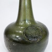 Shaft & Globe Dated Crown Tavern Glass Wine Bottle Oxford 1684